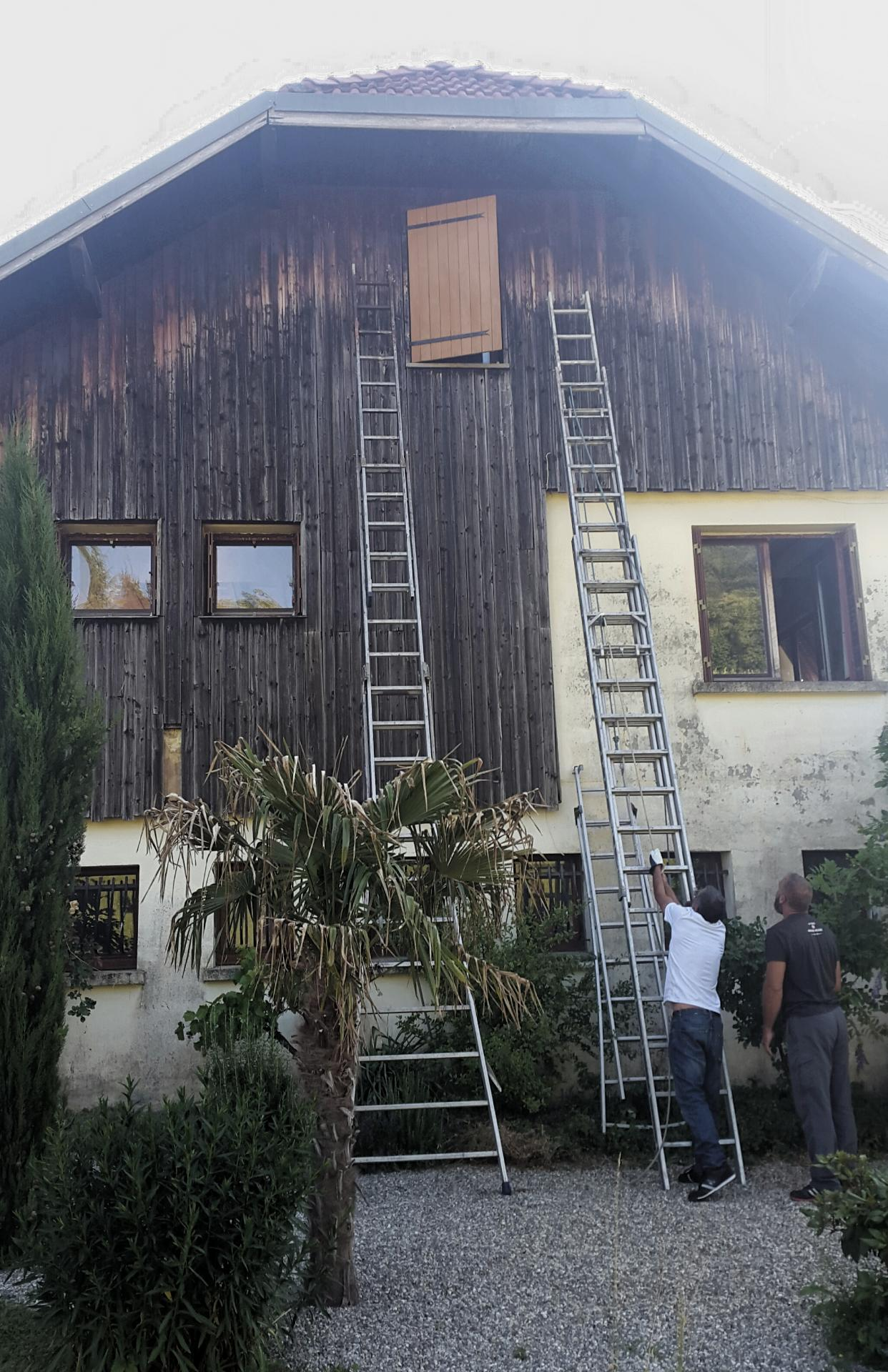 EH  toiture peinture rénovation de boiserie Chambéry Aix-les-Bains